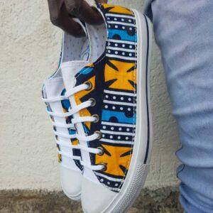 basket en wax motif kente bleu et jaune